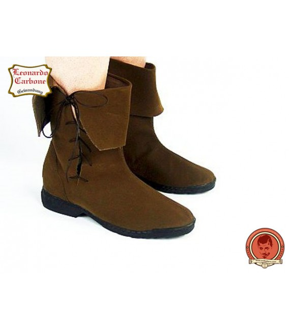 Rustic medieval boots in nubuck leather