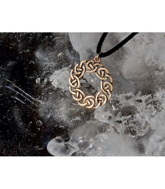 Amuleto Celta Guirnalda