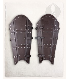 Quintus Split Leather Greaves